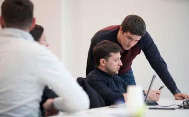 Немає ніде в світі: Зеленський готує незвичайний формат наступних виборів