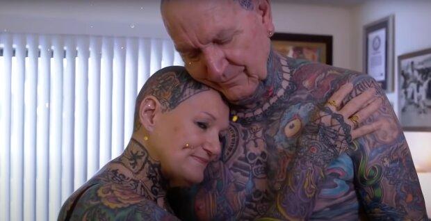 Самые татуированные старики, скриншот: Youtube