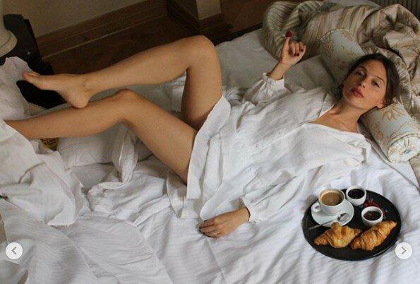 """Ірена Карпа знайшла нове захоплення прямо в ліжку: """"Т*пиці тут не затримуються"""""""