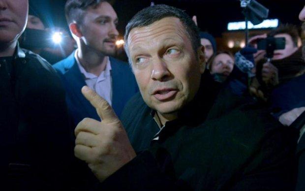 """За Telegram и двор: даже рупор Кремля попустил """"Роскомпозор"""""""