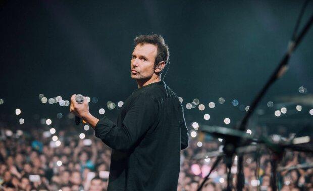 "ТНМК заставил Вакарчука забыть о ""Голосе"", Слава в последний раз держал микрофон в руках: ""Так буває восени"""