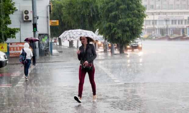 Франківськ, готуйся до сезону дощів: синоптики засмутили мокрим прогнозом на 26 вересня