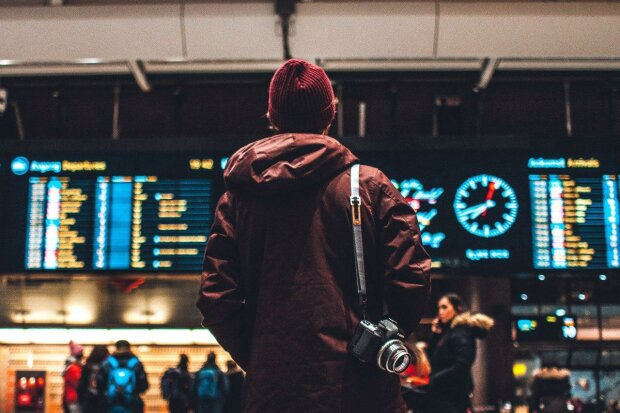 Украинцам усложнили выезд в Европу: смогут ли земляки путешествовать по безвизу