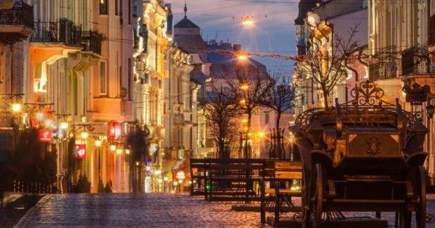 Сыро и прохладно: какой будет погода во Львове в последний день осени