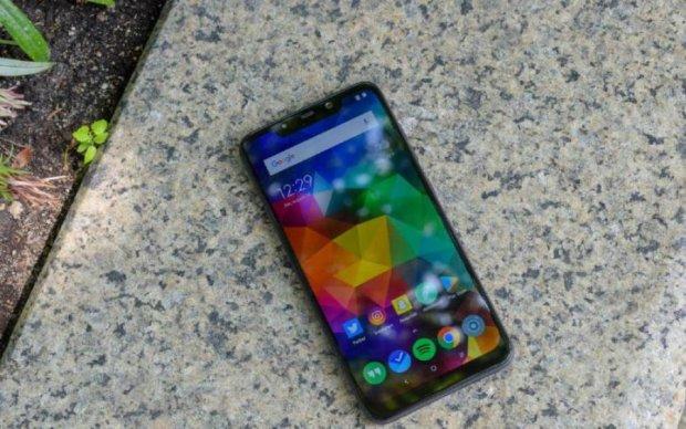 Xiaomi Poco F1: топовый смартфон за смешные деньги