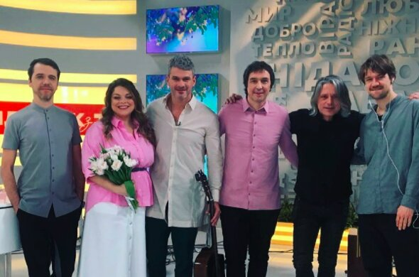 """Арсен Мірзоян зробив українкам приємно на 8 березня: """"Найкраща половина людства"""""""