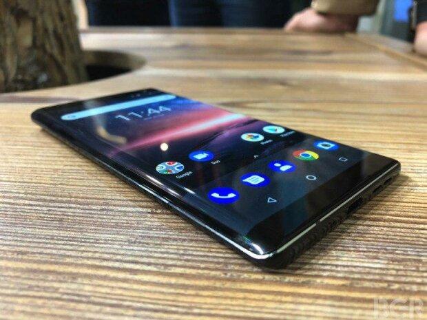 Дизайн Nokia 9 PureView разочаровав пользователей