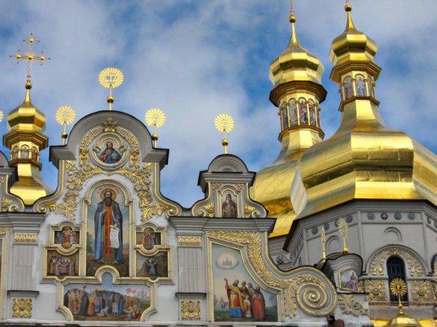 """В аеропорту """"Бориспіль"""" затримали намісника Десятинного монастиря Гідеона: розповів багато цікавого"""