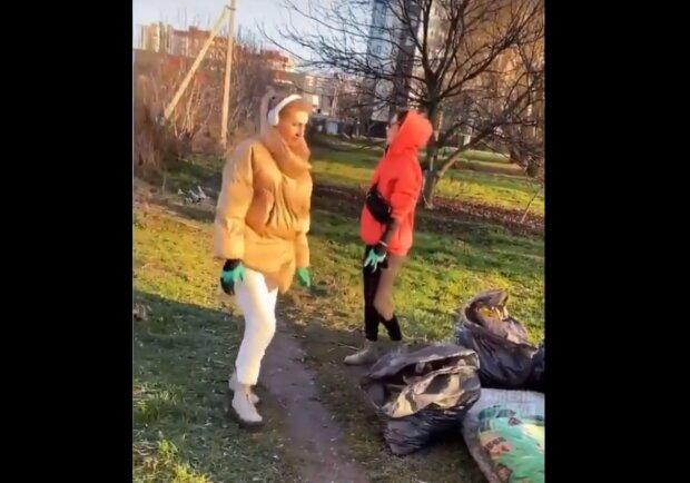 """Юные хмельничанки устроили праздник чистоты и подали пример всей Украине: """"Так надо любить свой город"""""""