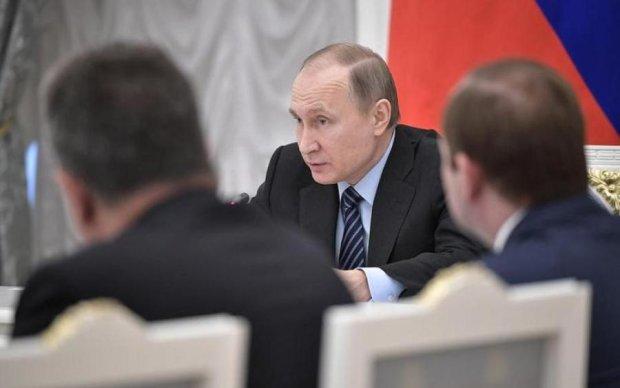 Бояться вийти із зони комфорту: як Захід провалив боротьбу з Кремлем
