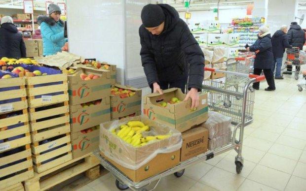 """""""Смерть"""" в одном кусочке: находка в продуктах шокировала украинцев"""