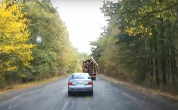 Лесовоз, скриншот:  YouTube