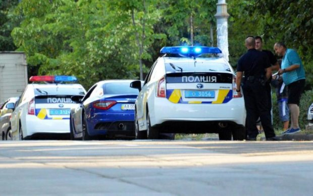 Избивают и забирают самое ценное: полиция показала фото дерзких киевских домушниц