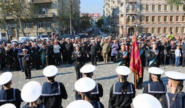 В Одессе помолились за мир у памятника Шевченко (фото)