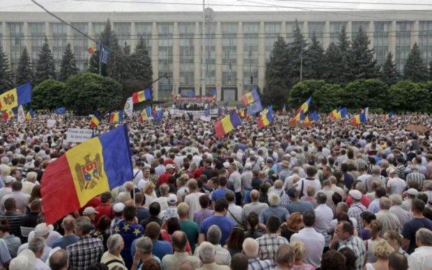 Молдавский друг Путина в опасности: Кишинев охватили массовые протесты