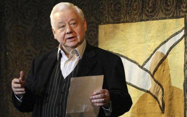 Син Табакова показав останнє фото з актором