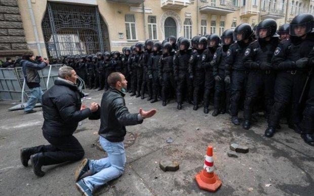 Вместо Pink Floyd на Майдан: пострадавший от рук беркутовцев растрогал суд