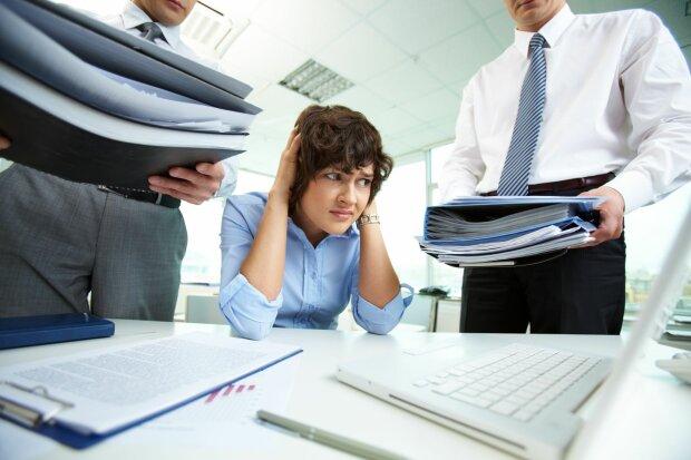 Як звільнитися з роботи: правила, небезпеки та дискримінації