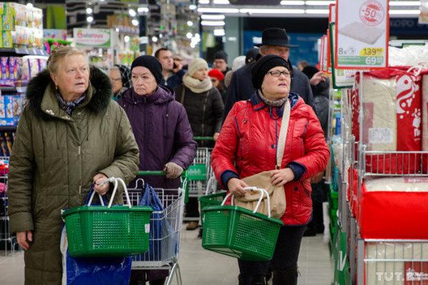 Самый популярный продукт в мире резко подорожает: эксперты озвучили тревожный прогноз
