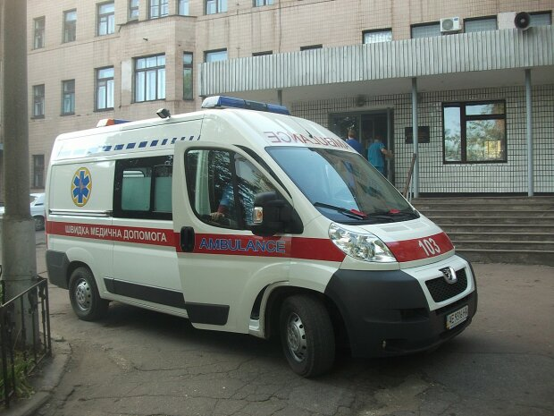 """Украинка посвятила пронзительное видео дочери, выпрыгнувшей из окна: """"Жизни не надо, если нет тебя"""""""