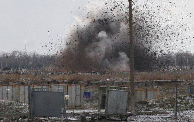 Потужні вибухи у Криму налякали місцевих мешканців