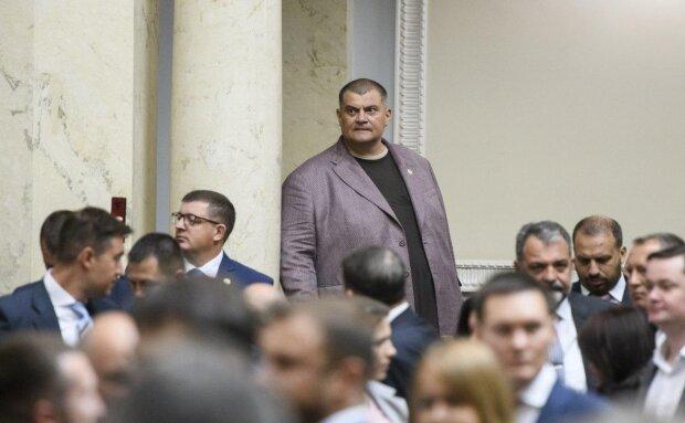"""""""Скользкие"""" разговоры Юзика из Квартала 95: депутатка намекнула, что утаил Арахамия из """"Слуги народа"""""""