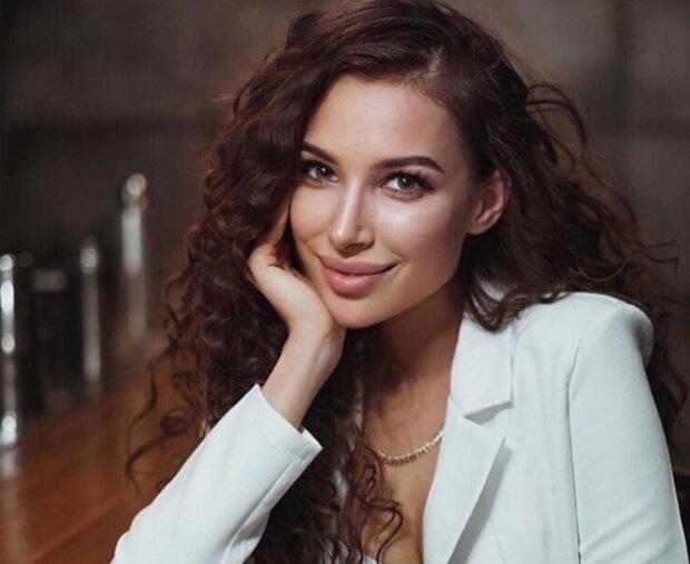 """Кристина из """"Холостяка"""" вновь подружилась с Алиной  Ляшук: """"За наши отношения переживали больше, чем за свои"""""""
