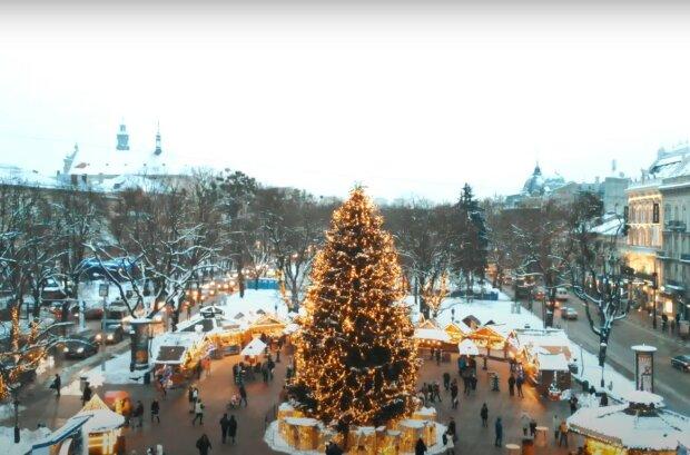 Новогодний Львов, скриншот из видео