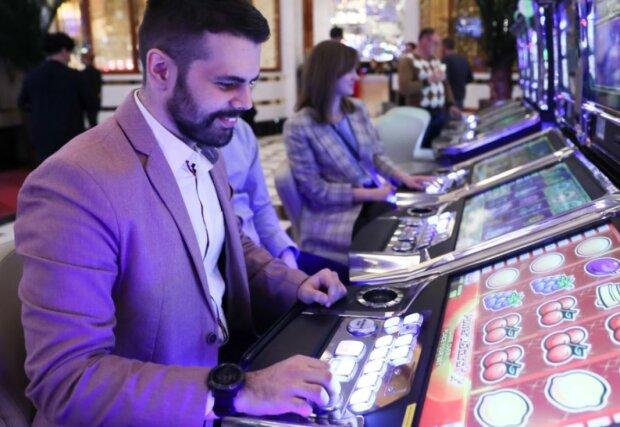 Окупанти мріють перетворити Крим на гігантське казино: спустили космічну суму