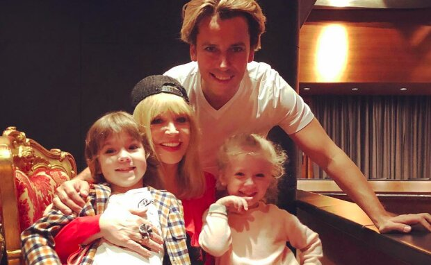 Максим Галкин сделал из 6-летнего сына профессионального гонщика, первые успехи красавчика