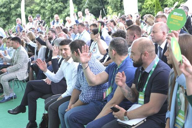 """В партии Зеленского """"Слуга народа"""" отыскали ярого противника Майдана: кто он и что известно"""