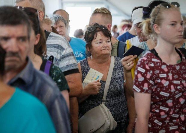 Жодної Польщі, Чехії чи Німеччини: заробітчани масово повертаються в Україну,  названо причини