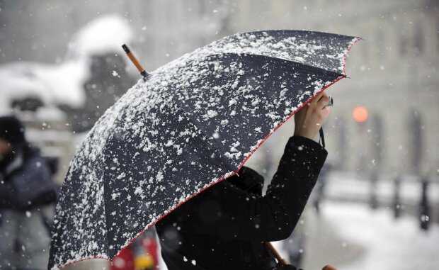 Дощ зі снігом зіпсує плани франківчан: захопіть парасольку 10 грудня