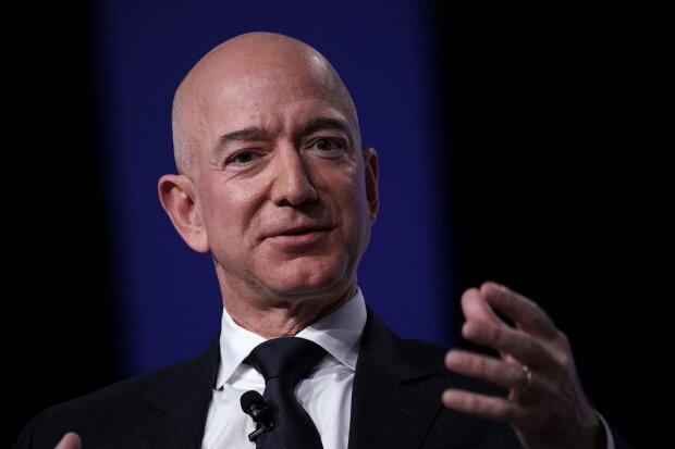 """Самые богатые люди мира стали еще """"зеленее"""", эксперты назвали цифры"""