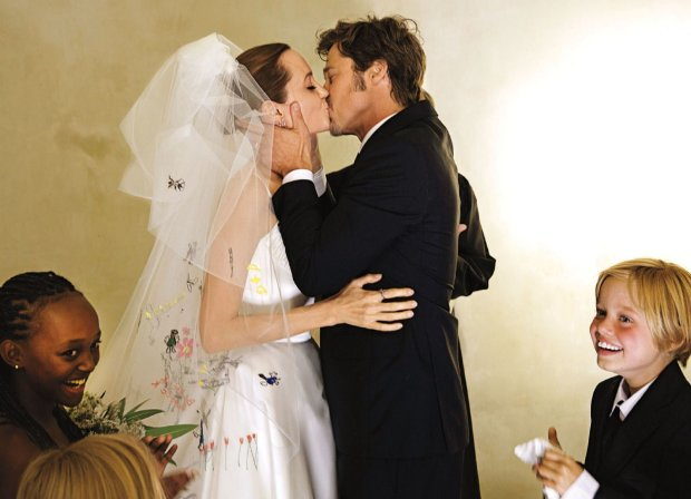 Анджелина Джоли якобы встречается сКиану Ривзом