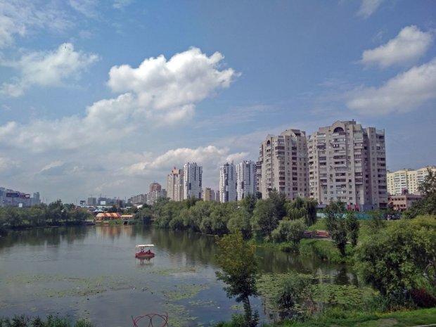 Київ. озеро