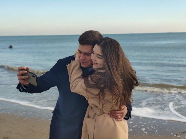 На очах у мільйонів українців: звільнений з полону Путіна моряк одружиться в прямому ефірі