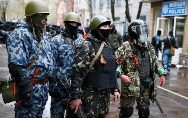 Перерваний зв'язок на Донбасі: стало відомо про свавілля терористів