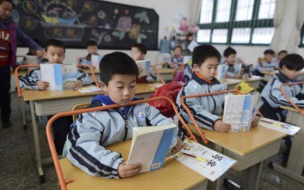 Китайцы пришили ребенку похищенную руку