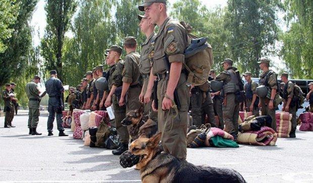 Гвардейцы усилили охрану Чернобыльской зоны отчуждения (фото)