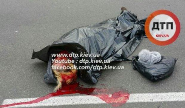 Міліцейське авто насмерть збило жінку в Києві (фото)