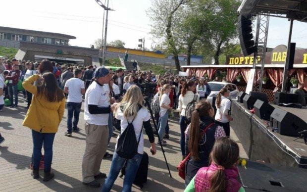 Кияни влаштували всеукраїнське прибирання Гідропарку