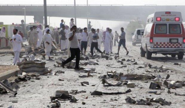 У Саудівській Аравії стався вибух у мечеті:  загинули 17 людей