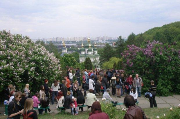 Погода на Великдень та травневі свята: які примхи весни чекають на українців