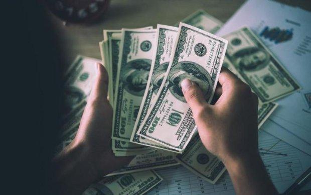 Курс валют на 25 августа: доллар сделал то, чего никто не ожидал