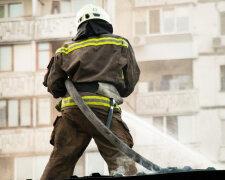 Пожежа у Києві, фото - Інформатор