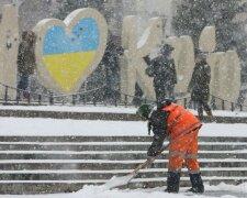 Снігопад у Києві, фото: Уніан