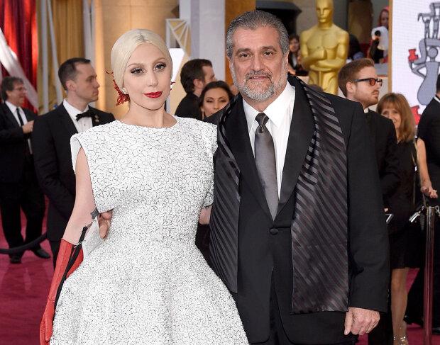 Леді Гага з батьком, фото Getty Images