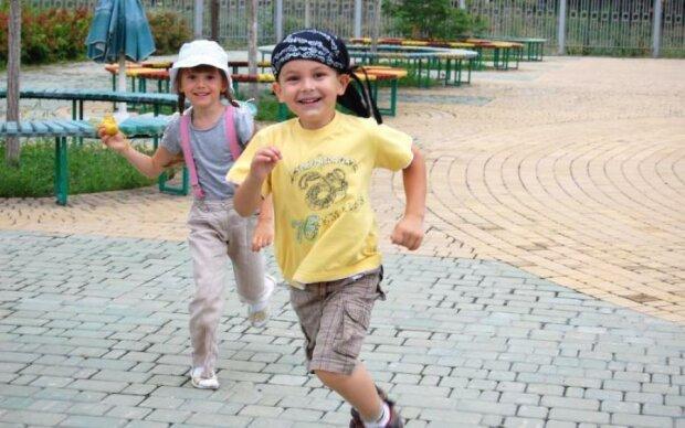 Назад в ясла: обираємо найкращий дитячий садок Києва