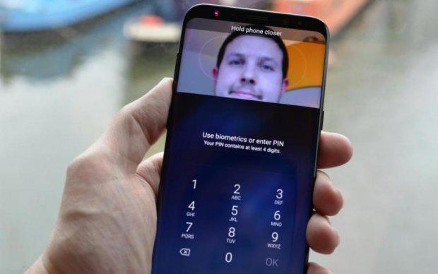 Сканер радужки глаз в Samsung Galaxy S8 удалось обмануть